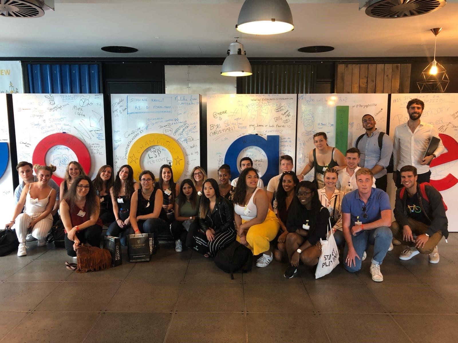etudiants 3e année Market Com Seminaire Google
